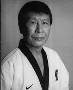 Grão-Mestre Kun Mo Bang